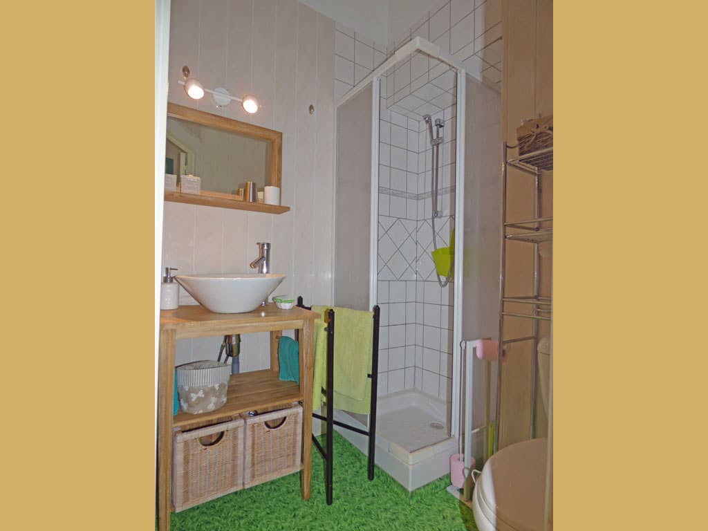 chambre verte chambres d 39 h tes dinard saint malo pleurtuit dinan. Black Bedroom Furniture Sets. Home Design Ideas